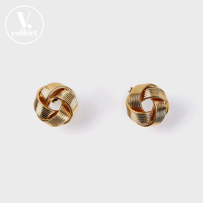 [V,Collect]Gold-Tone Twisted Loop Earrings