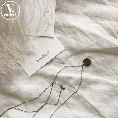 [V,Collect] Disc Pendant Layered Necklace