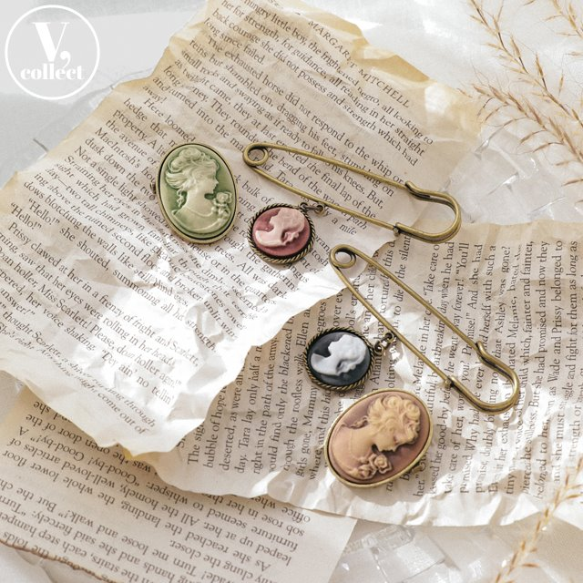 [V,Collect] Cameo Brooch Set