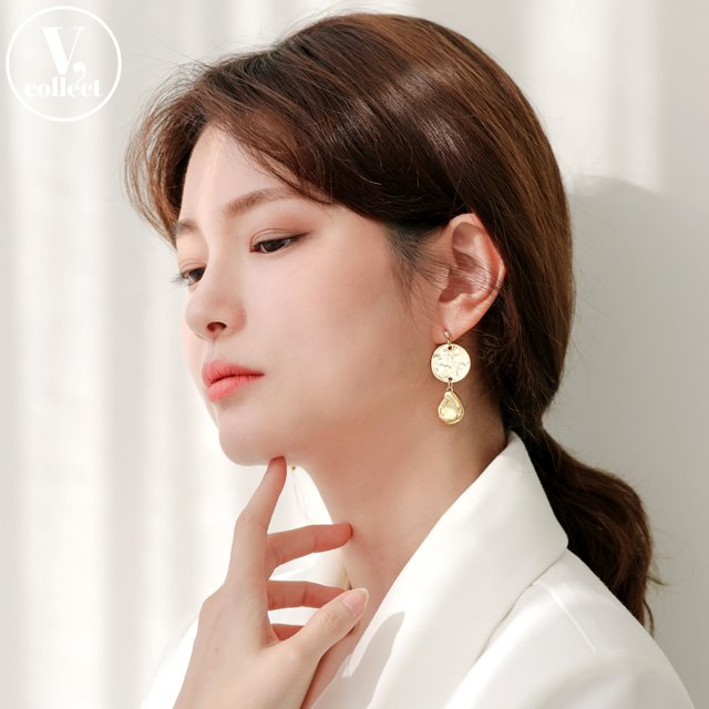 [V,Collect] Hammered Disc Teardrop Accent Earrings